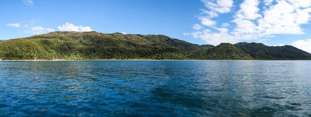 onetahuti-beach-panorama